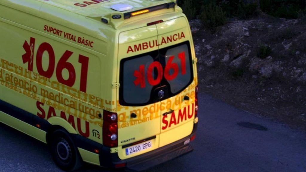 Muere un hombre al caer desde unos 12 metros de altura en un edificio de Mallorca