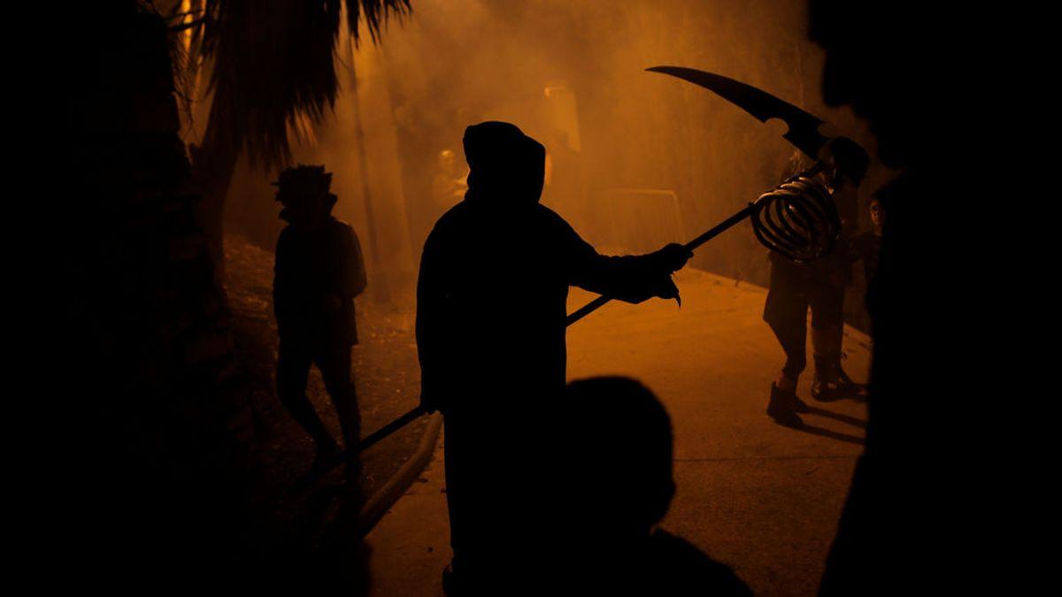 ¿El mejor disfraz de Halloween jamás visto? El futbolista Evra da realmente miedo