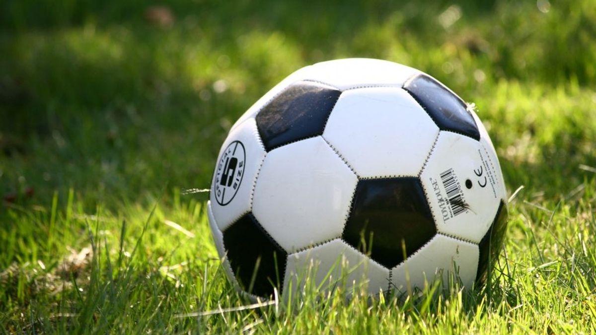 Un hombre dispara a un niño de siete años que entró en su jardín para coger su pelota