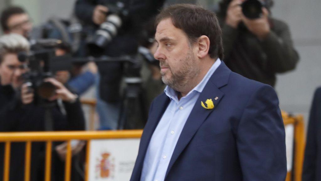 """El abogado de Puigdemont: """"Gran injusticia. Día muy triste para la democracia"""""""