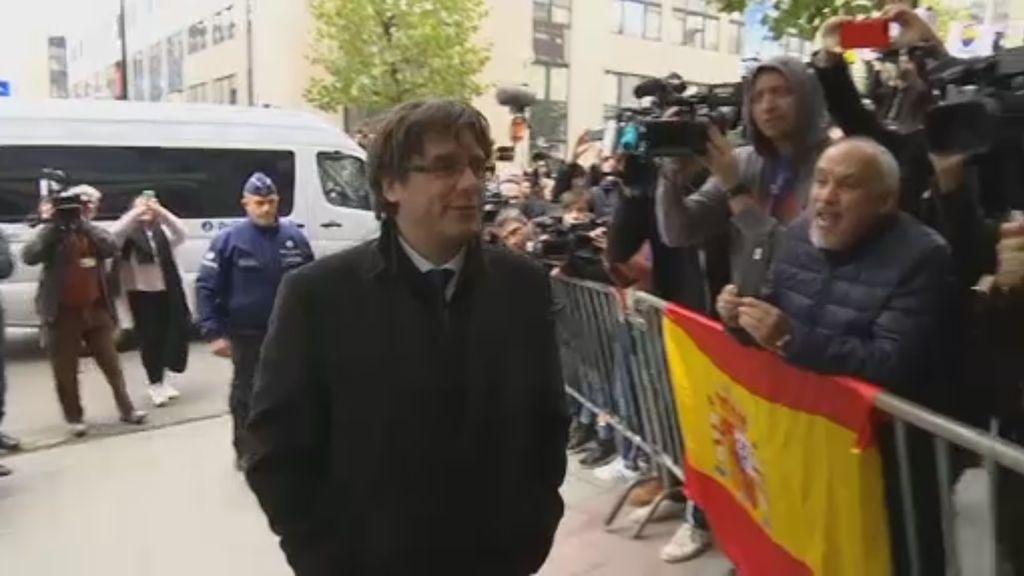 Puigdemont sigue en Bruselas mientras los exconsellers declaran en la Audiencia Nacional
