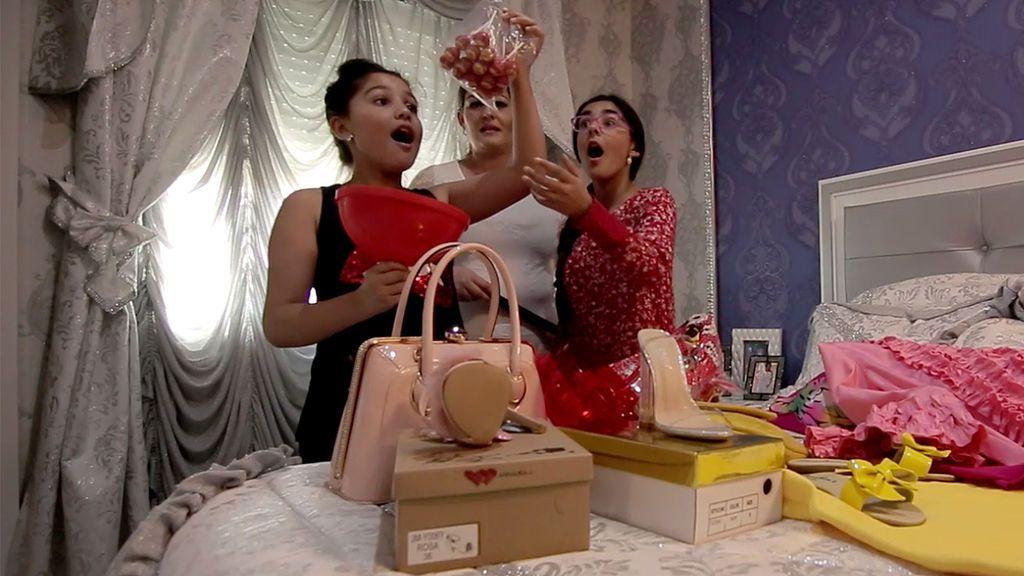 Nos colamos en la habitación de La Rebe con sus hermanas…¡y ella no lo sabe!