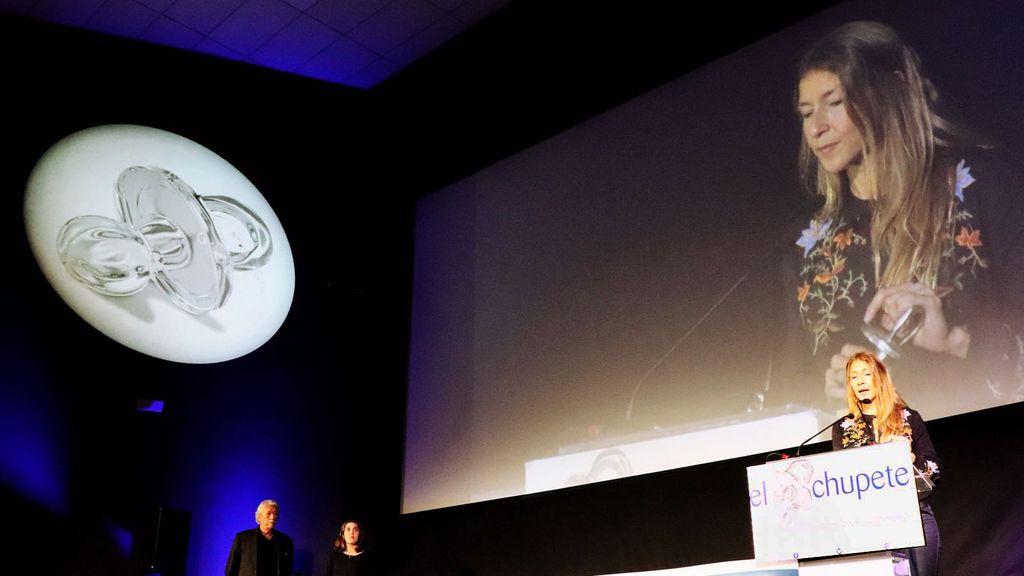 Malena Gómez Fridman recoge el premio para 'Se buscan valientes'