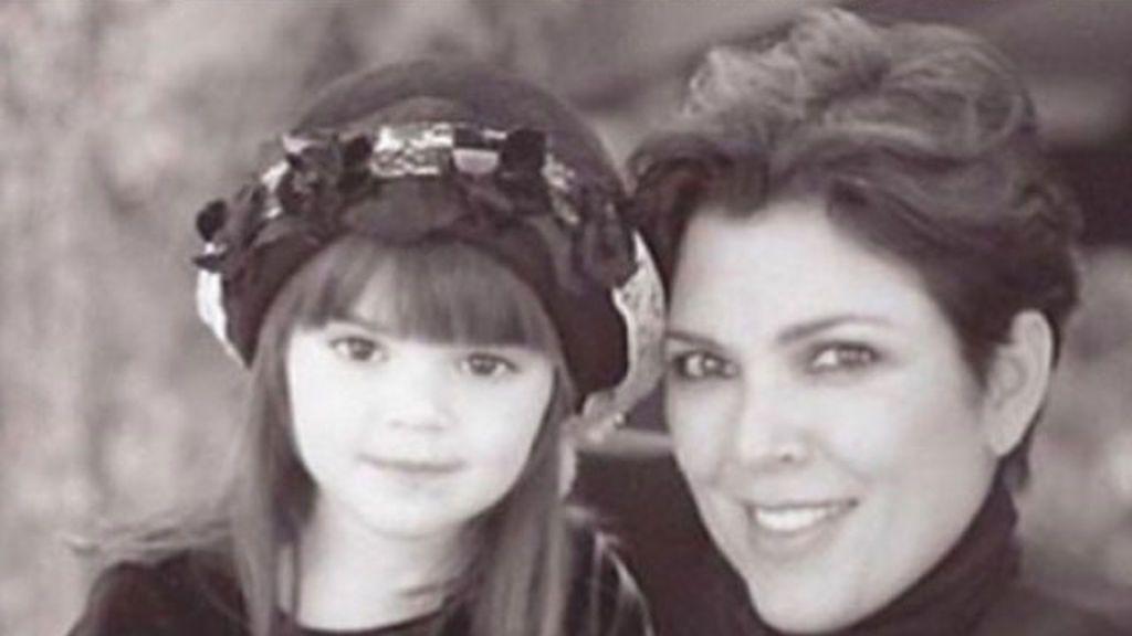 El regalo de Kendall Jenner de pequeña que nos ha hecho su madre por su 22 cumpleaños