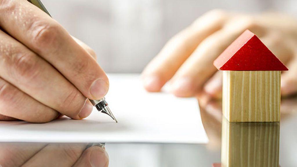 El Gobierno aprueba el proyecto de reforma hipotecaria que prohíbe las claúsulas suelos