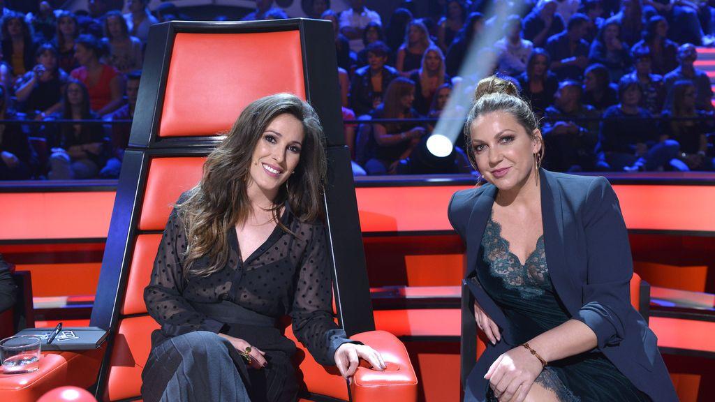 La 'coach' de 'La voz 5' Malú y su asesora, Niña Pastori