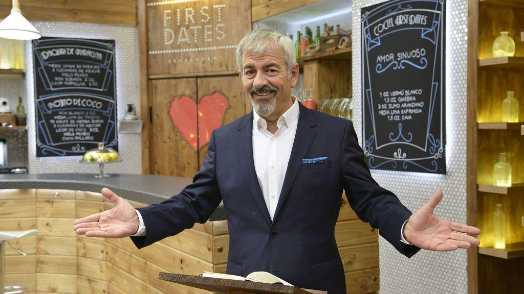 Carlos Sobera en el renovonado restaurante de 'First dates