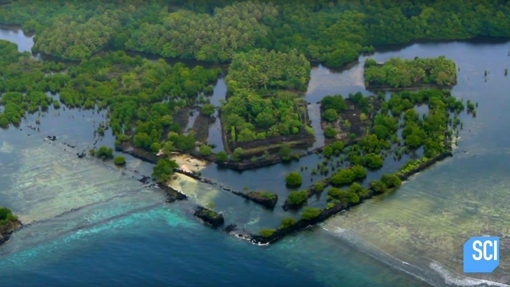 """Los expertos llaman """"la isla fantasma"""" a este misterioso lugar en medio del Pacífico"""