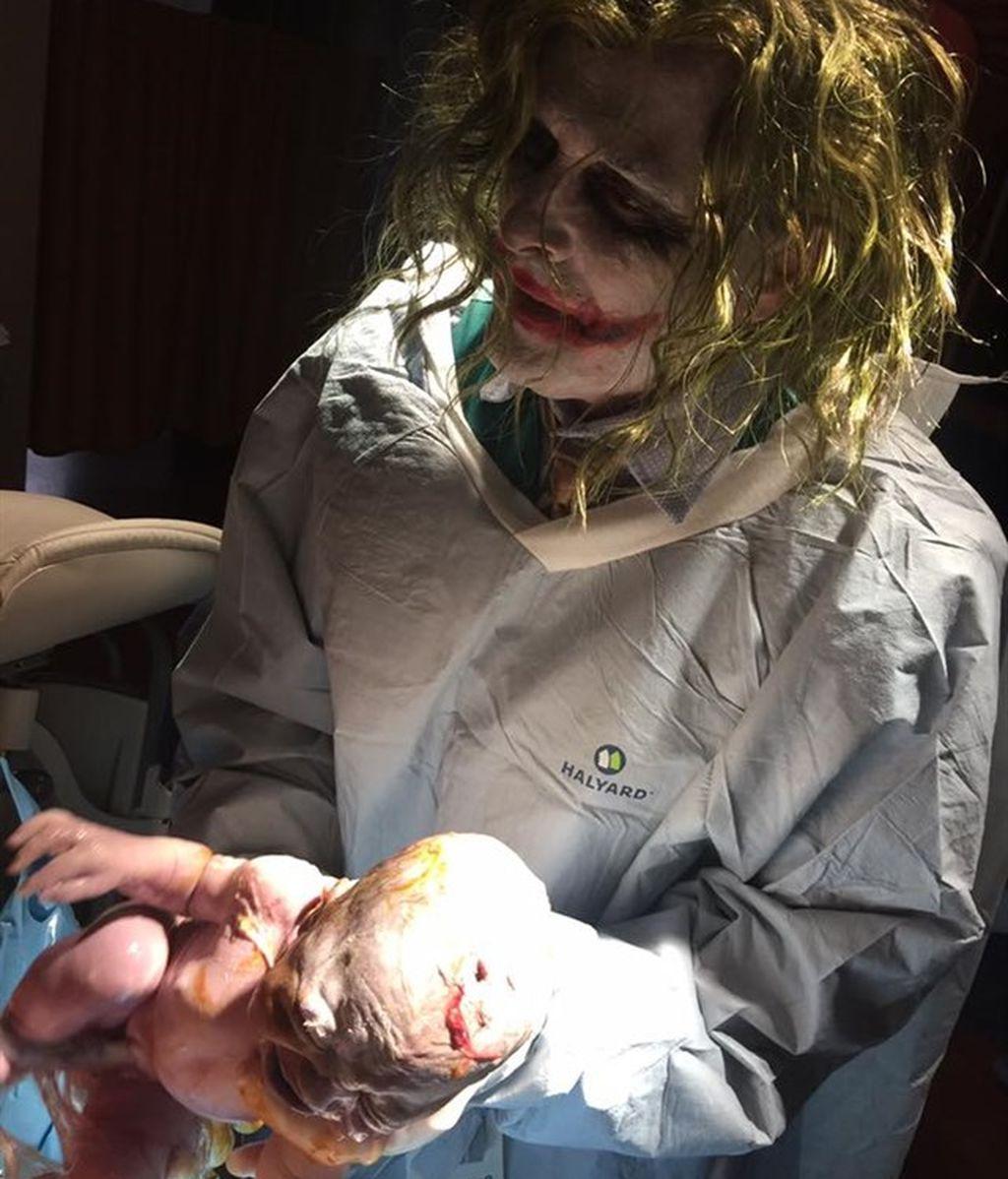 Un parto atendido por el doctor Joker