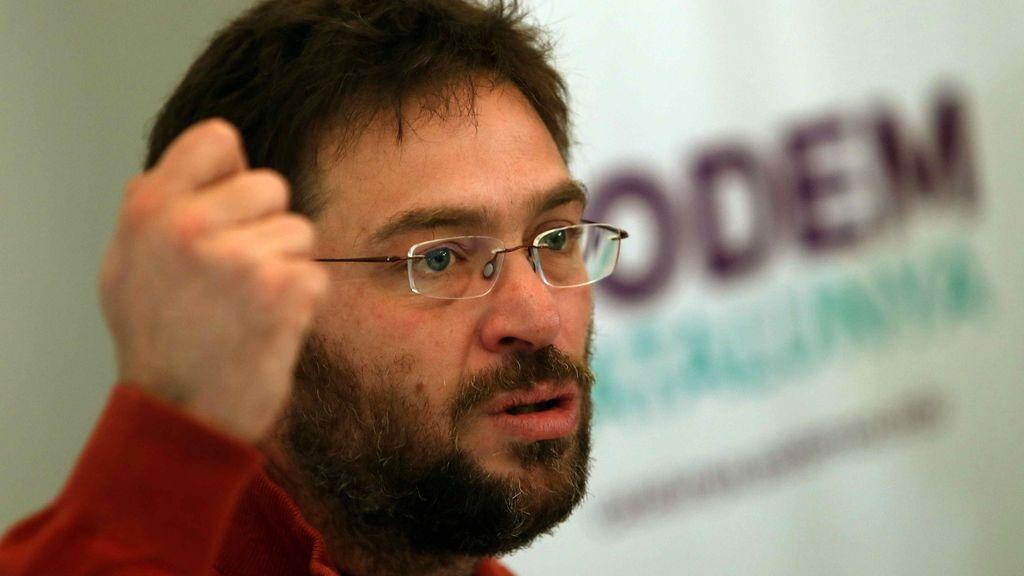 Dimiten ocho miembros del Consejo Ciudadano de Podem siguiendo a Fachin