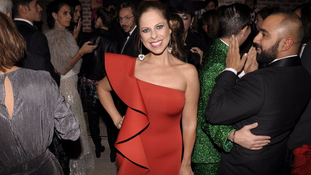 Nos encantó ver a Pastora Soler así de guapa con este vestido de Silvia Tcherassi