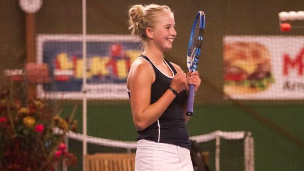 Gana su primer torneo profesional con tan solo 14 añosClara Tauson