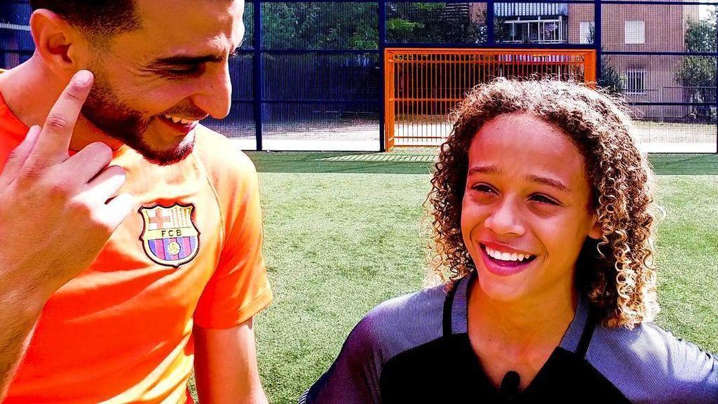 """¡Bravo Xavi Simons! La perla de 14 años del Barça lo tiene claro: """"Me gusta más asistir que marcar"""""""