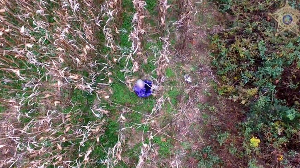 Rescatan a una mujer de 81 años perdida en un campo de maíz gracias a un dron