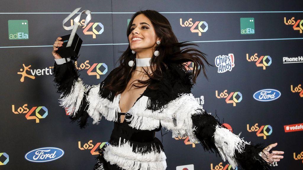 Camila Cabaello conoce a sus ídolos en los '40 Music Awards'
