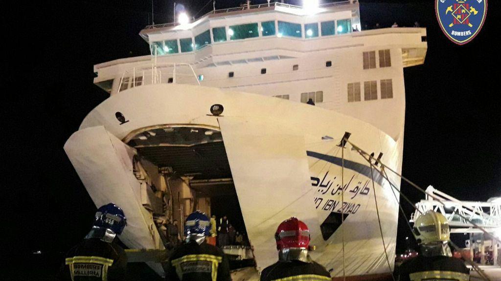 Un ferry con destino Argelia se desvía hasta Mallorca tras declararse un incendio en la bodega