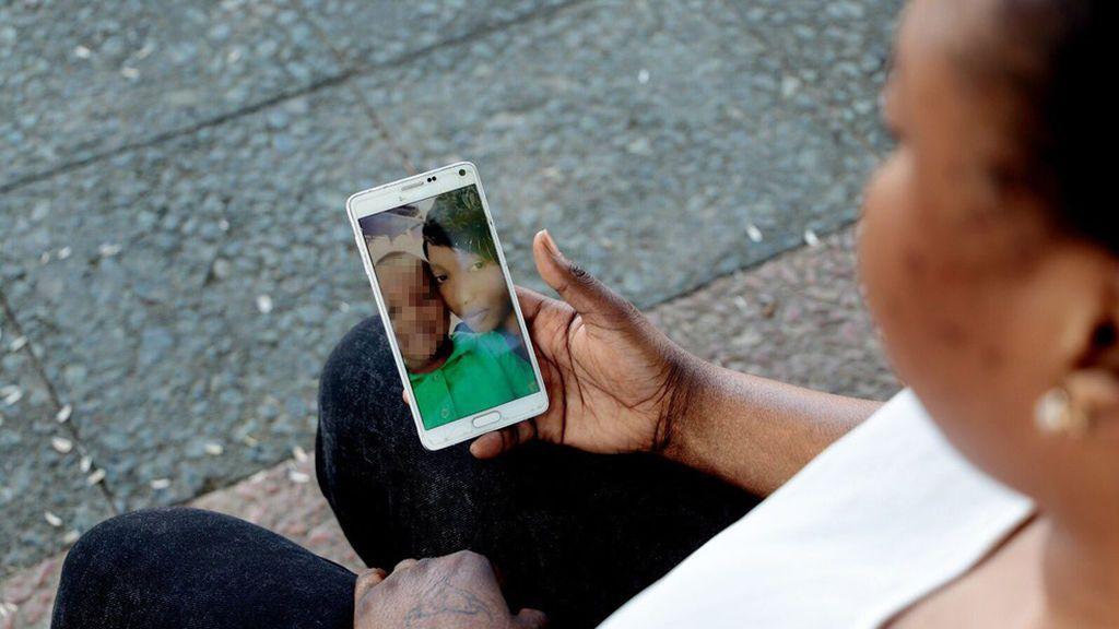 Se reencuentra con su hijo 7 meses después de llegar a España en pateras diferentes