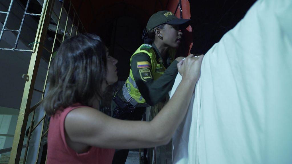 Alejandra Andrade acompañará a la policía colombiana en una redada contra la explotación sexual de menores en 'Fuera de cobertura'.