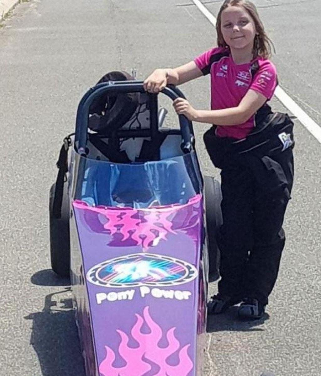 Una niña de ocho años muere en un accidente de carreras