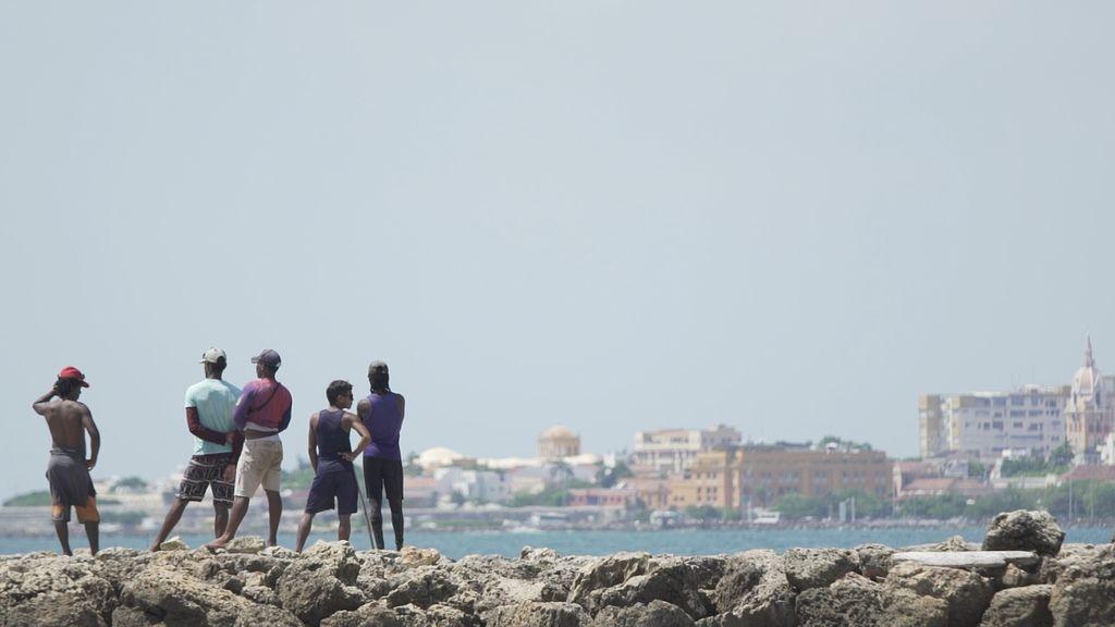 'Fuera de cobertura' se adentra en el turismo sexual con menores en Cartagena de Indias (Colombia).