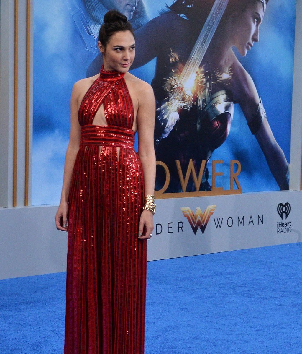 """La actriz Gal Gadot amenaza con no participar en  al segunda parte de """"Wonder Woman"""""""