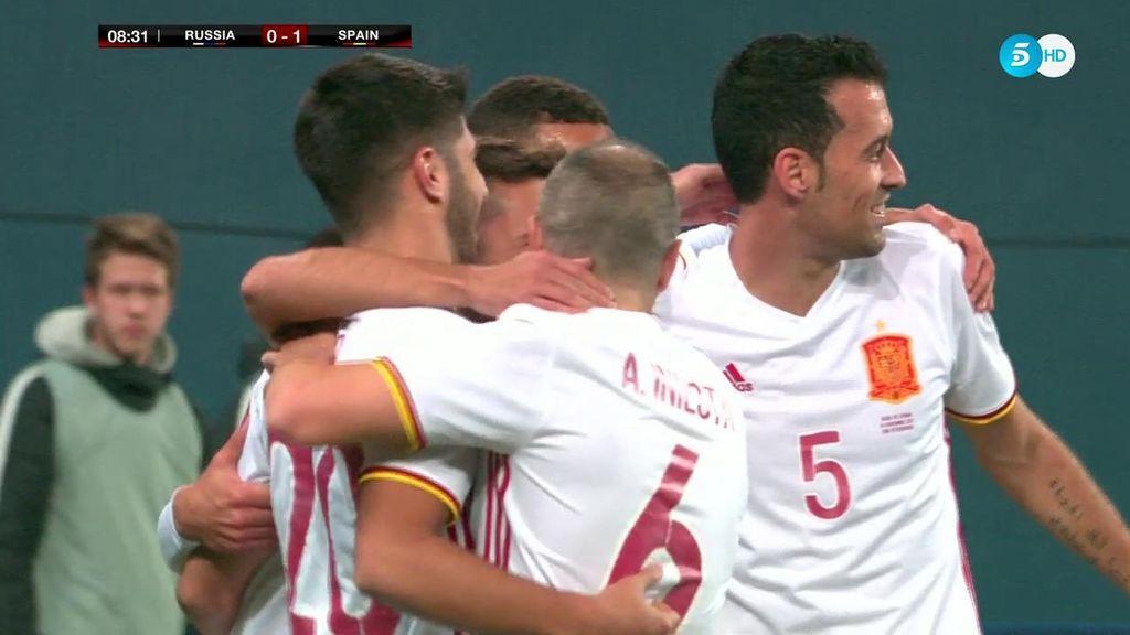 ¡Jordi Alba se viste de '9'! Asensio pone un centro con el guante y cabezazo a la red
