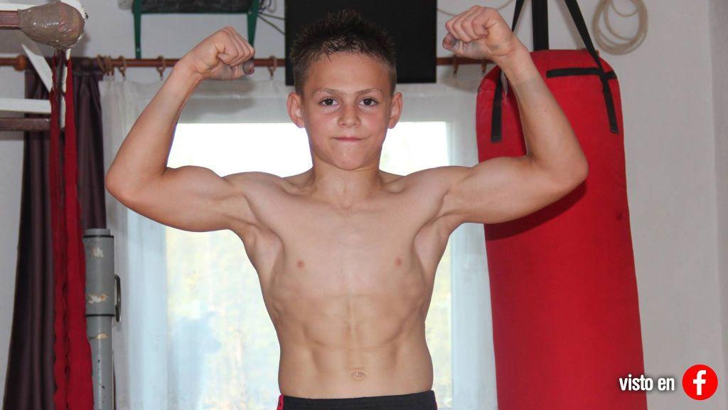 Los músculos de Giuliano Stroe, con 13 años, ya son virales… pero podría estar destrozando su cuerpo