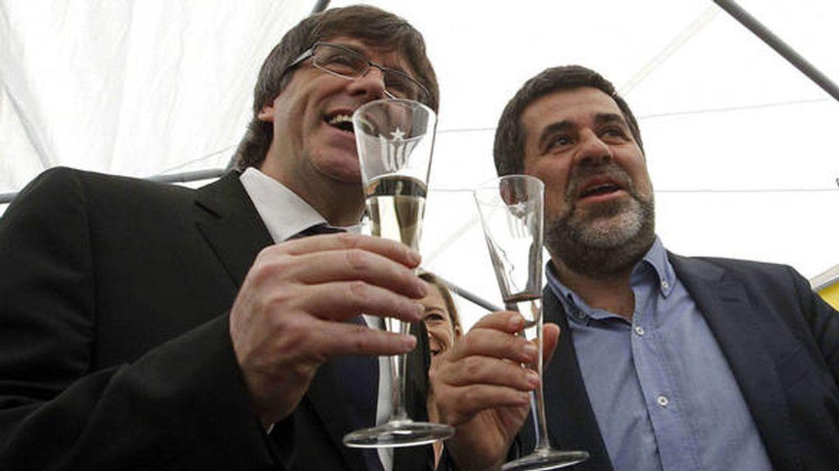 Puigdemont sitúa a Sánchez (ANC) como número dos de JuntsxCat