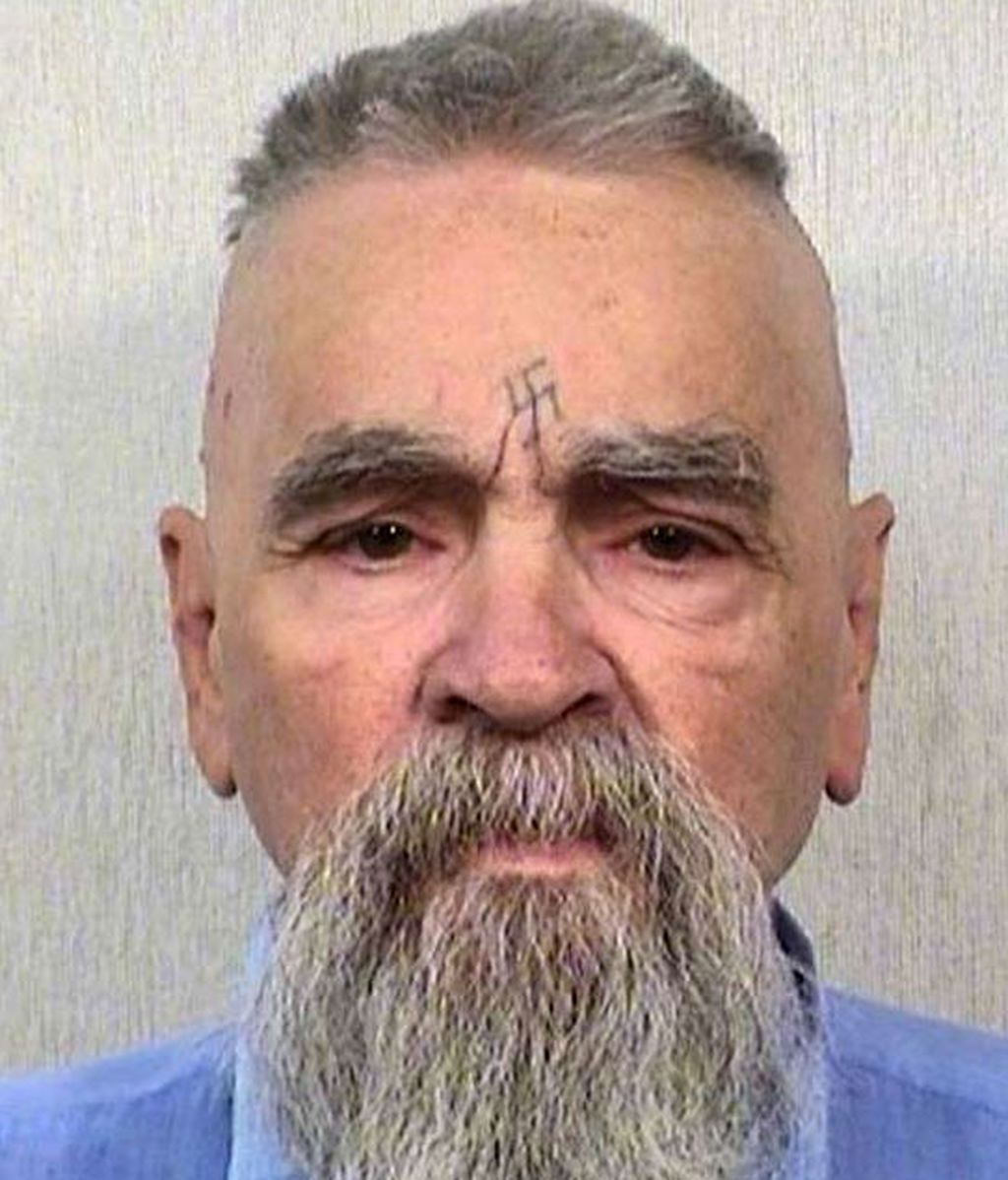 Hospitalizan al asesino Charles Manson en California