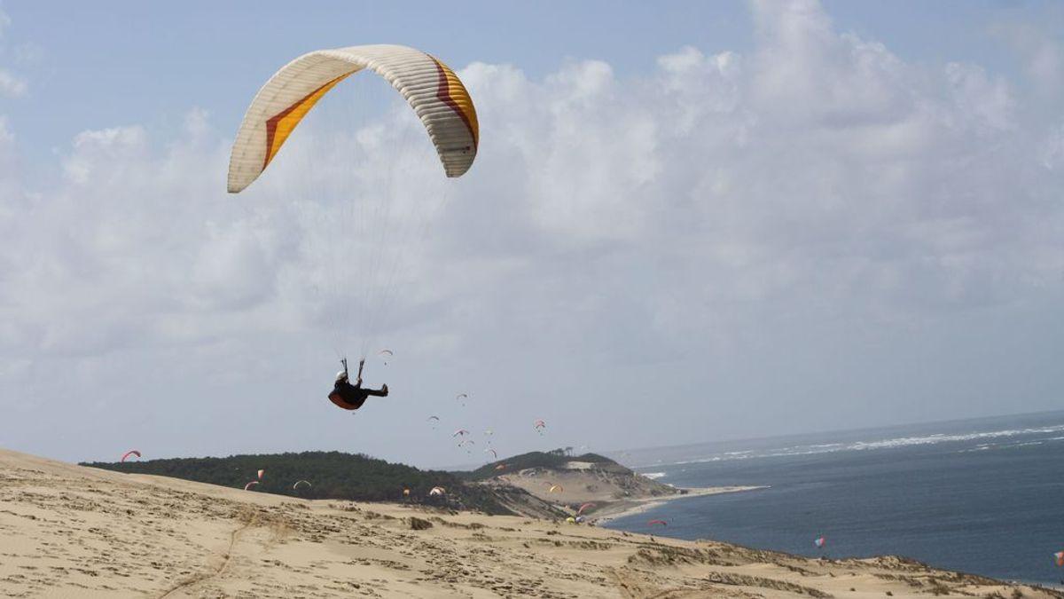 Fallece un parapentista en una competición de vuelo entre Chiclana y Vejer (Cádiz)