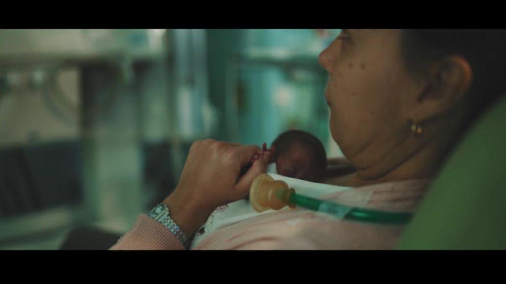 """""""Pequeños heroes"""", la lucha por la supervivencia de los prematuros"""