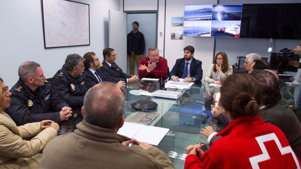 El delegado del Gobierno en Murcia califica de ataque coordinado la llegada masiva de pateras