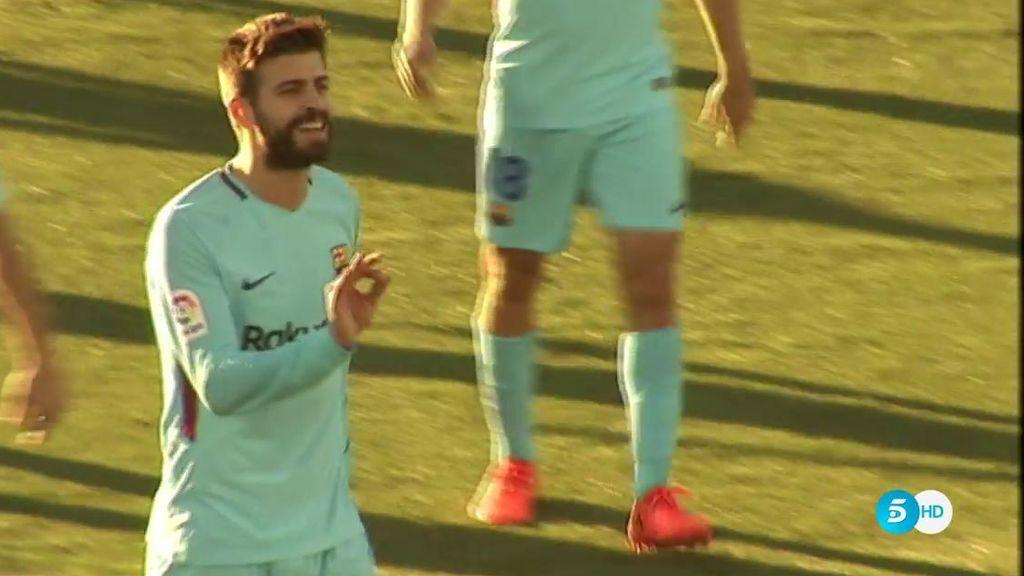 La reacción de Piqué con Undiano al ver la tarjeta con la que no podrá jugar en Mestalla