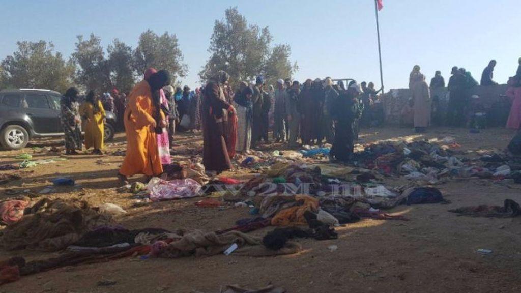 Mueren 15 mujeres por una estampida humana  en un reparto de comida en Marruecos