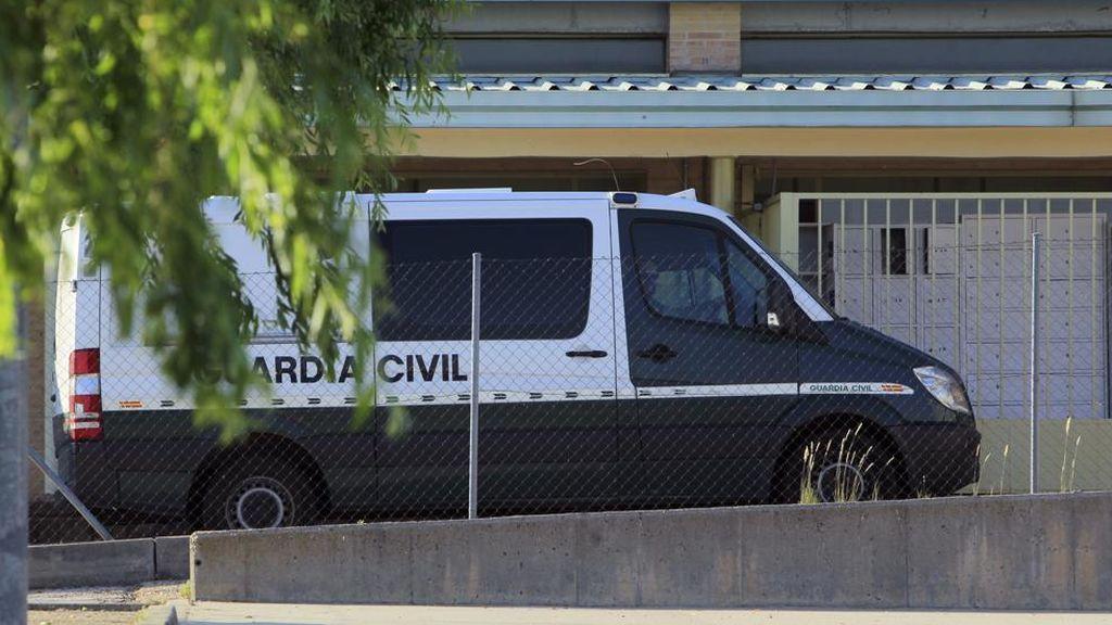 Un preso acuchilla a otro en misa en Soto del Real en presencia de Jordi Sánchez