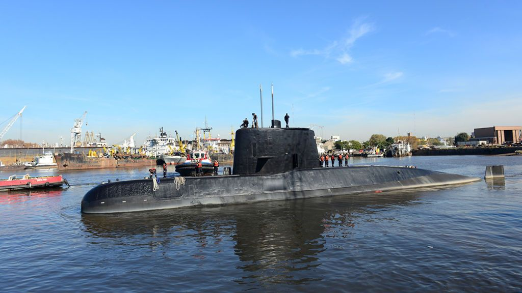 La Armada española envía ayuda para el rescate del submarino argentino desaparecido