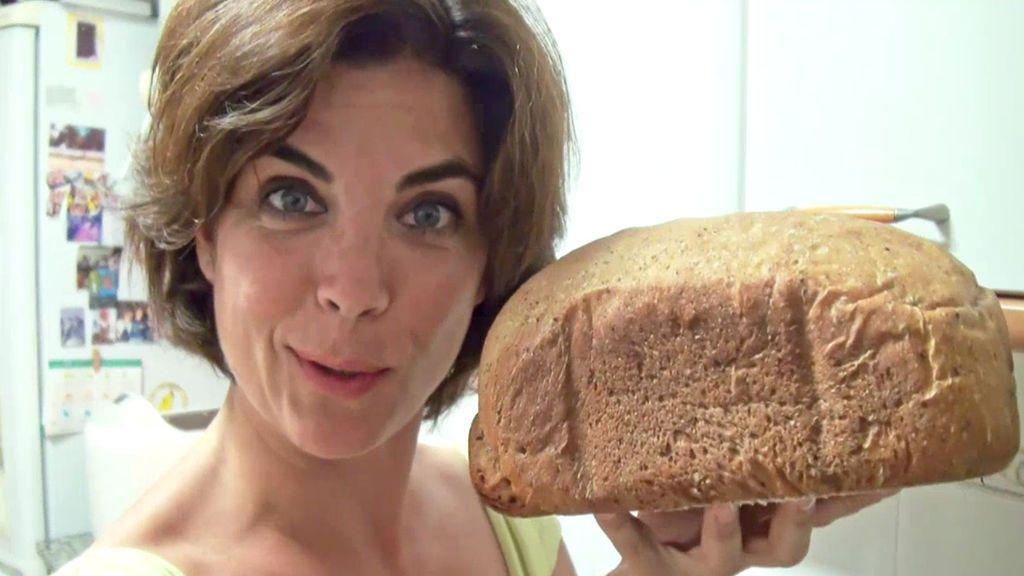 """Así se hace el pan de harina de moscas, el alimento """"barato y sostenible"""" del futuro"""