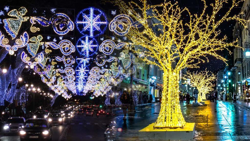 Analizamos las luces de navidad de 5 ciudades son eco for Apartamentos baratos en sevilla por dias