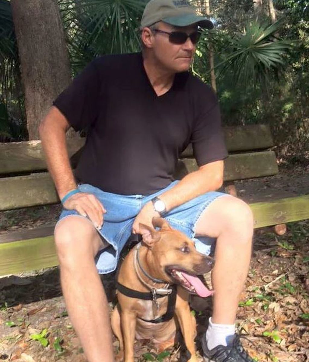 Muere arrollado por el tren cuando trataba de salvar la vida de su perro