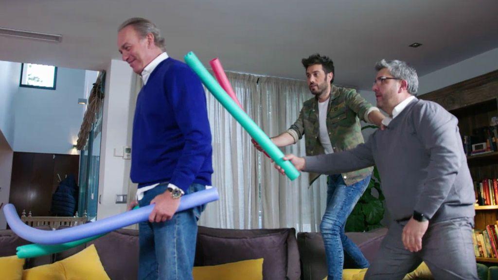 ¡Bertín comprueba los efectos que provoca el 'corchopan' con Dani y Flo!