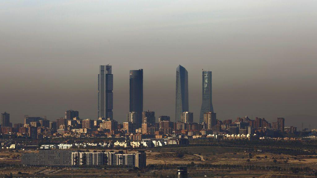 La 'boina' ya llega hasta Toledo: las imágenes de la gigante capa de contaminación, en redes