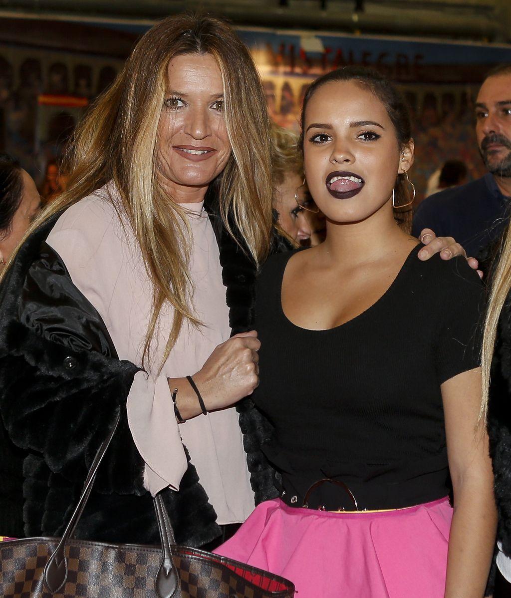 Gloria Camila recibió la visita de algunos compañeros de 'Supervivientes', como Las Mellis