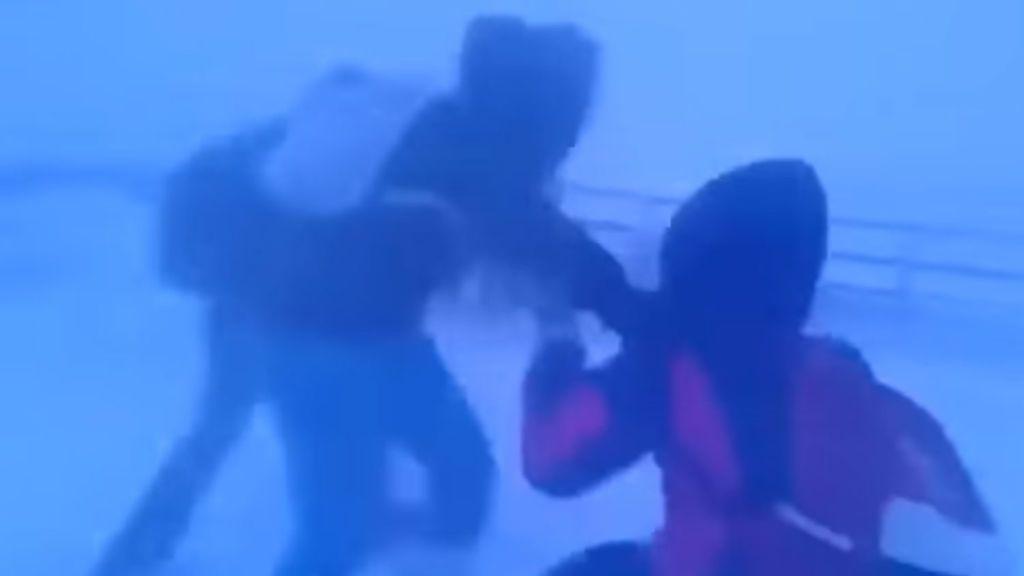 Asistir a la escuela en Siberia a  -40ºC y con viento feroz... no es cosa de niños