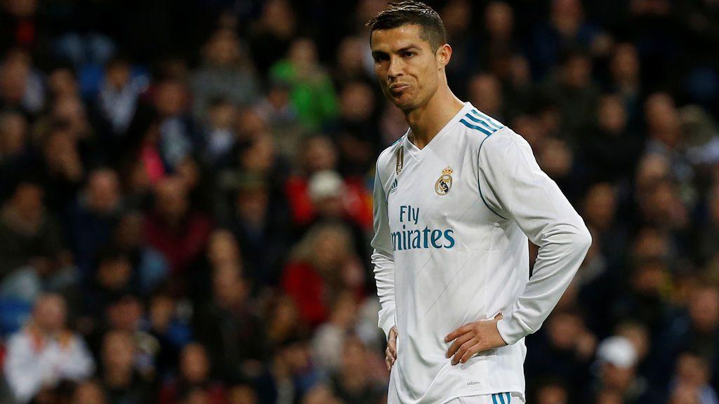 El Real Madrid gana ante el Málaga pero preocupa al Bernabéu (3-2)