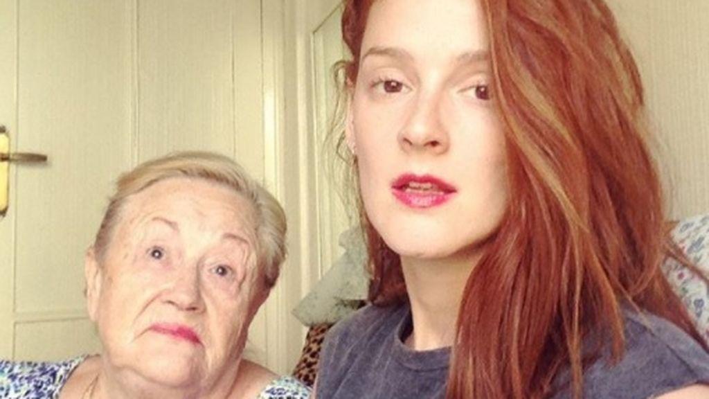 Ana Polvorosa convierte a su 'yaya' en la estrella más tierna de Instagram 😍
