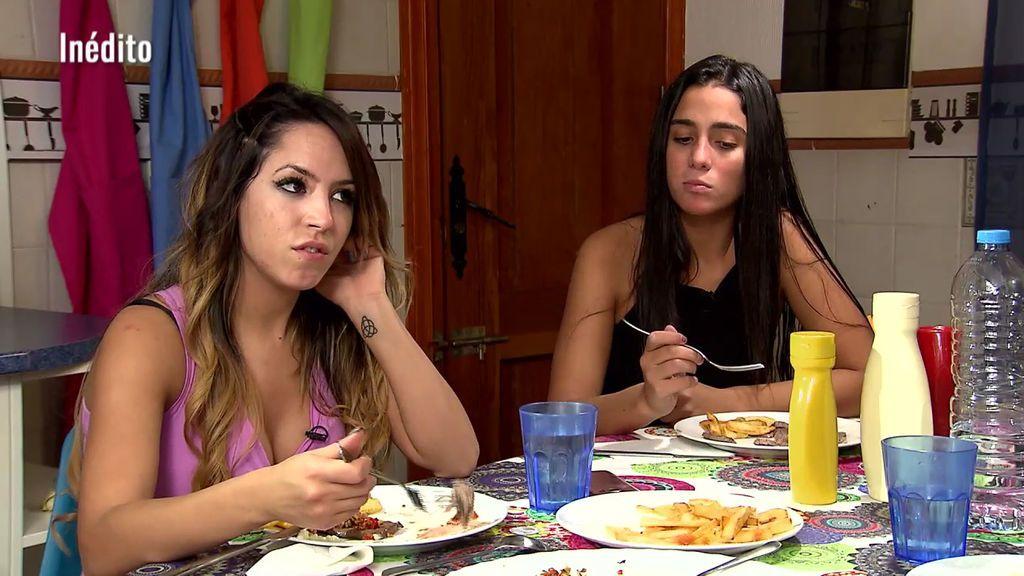 Exclusivo en telecinco.es: Joni les prepara una cena a sus compañeras de trono