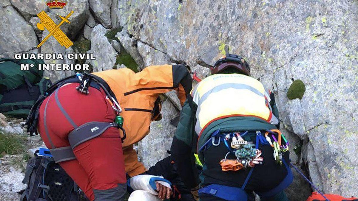Dos alpinistas que pretendían colocar una estelada en el pico más alto de Huesca, rescatados por la Guardia Civil