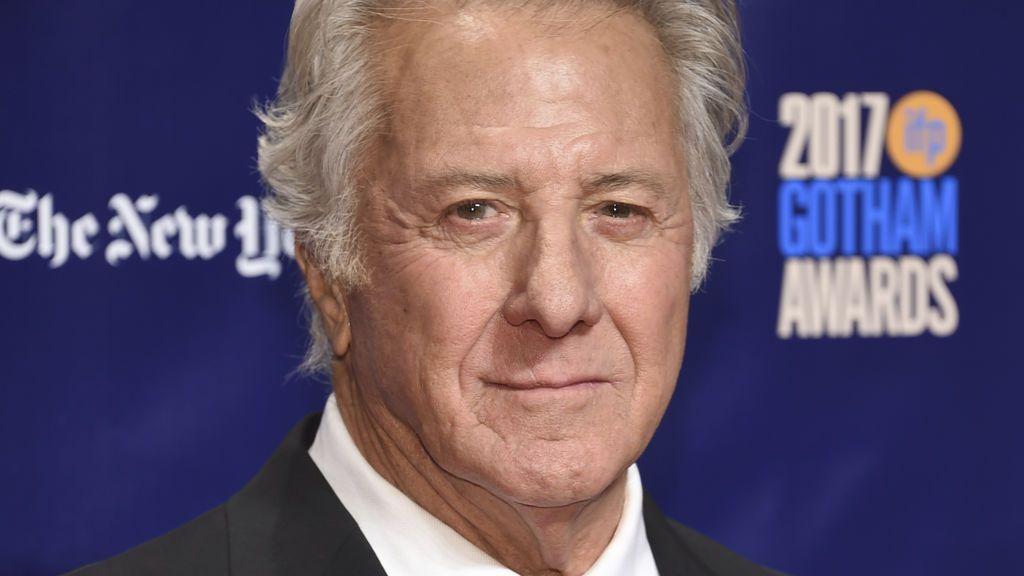 Dustin Hoffman o cómo reaparecer como si nada un mes después de ser acusado de acoso a una menor