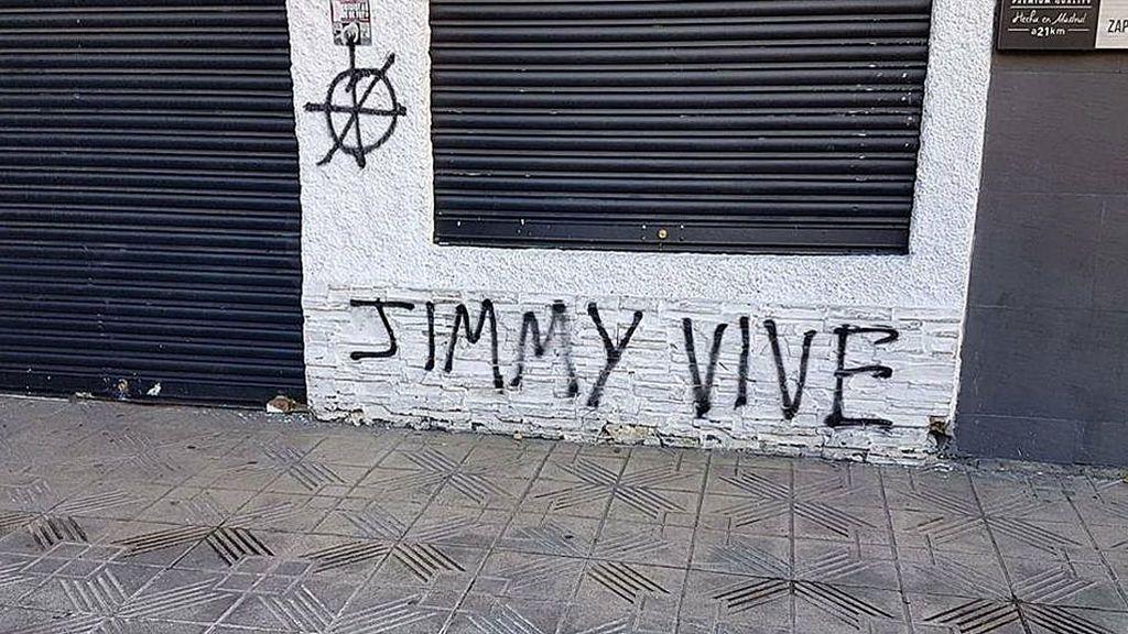 Varios bares atléticos son atacados con pintadas de 'Jimmy vive' cuando se cumplen tres años del asesinato del hincha del Depor