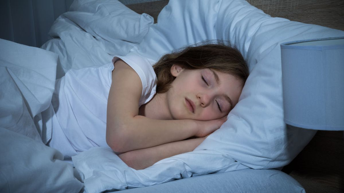 Dormir bien, esencial para rendir mejor: claves para mejorar el descanso de niños y adolescentes